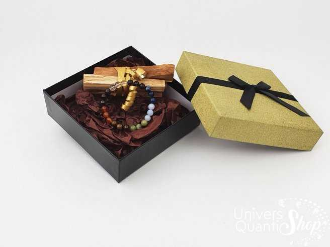 coffret cadeau de Noel bracelet 7 chakras et 40 grs de Palo Santo boite dorée