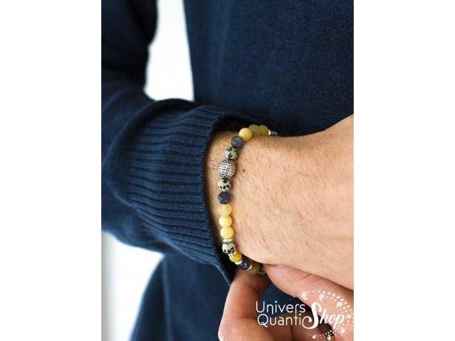 Bracelet création consciente destiné à l'homme à la découverte de l'âme portée sur poignet