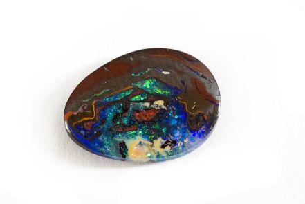 Propriétés & vertus de l'opale boulder
