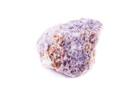 Quels sont les bienfaits de la pierre lépidolite ?