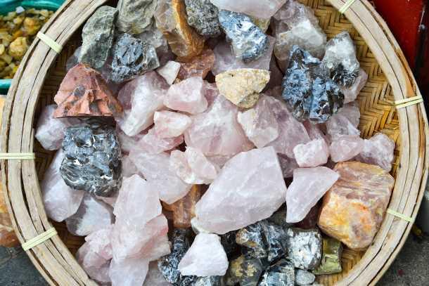 Quelles pierres semi-précieuses choisir pour booster sa confiance en soi ?