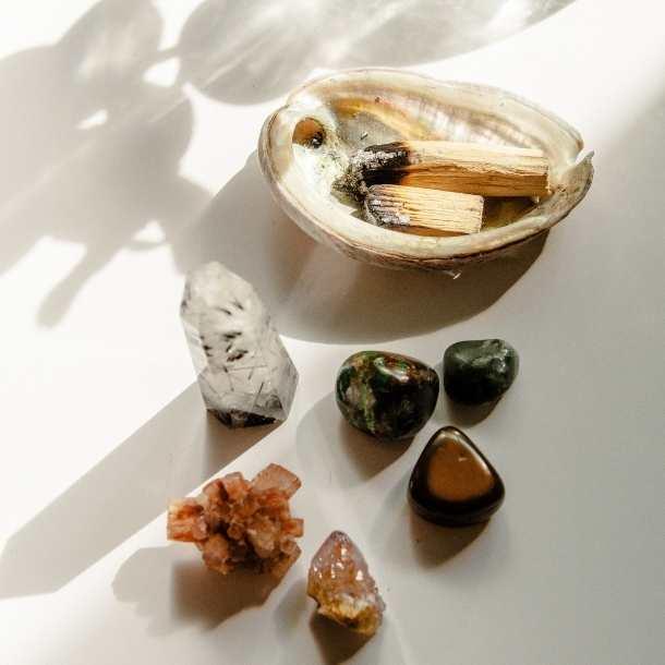 Pourquoi purifier une pierre naturelle ou un cristal ?
